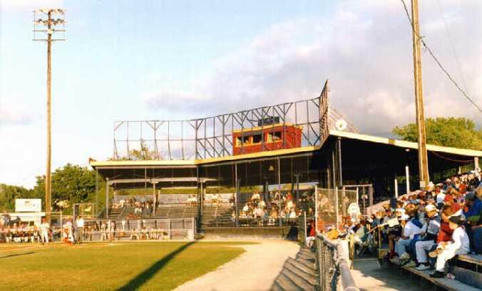 Old Dwyer Stadium - 1998